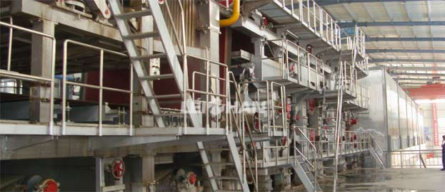 Fourdrinier Forming Section of Paper Machine